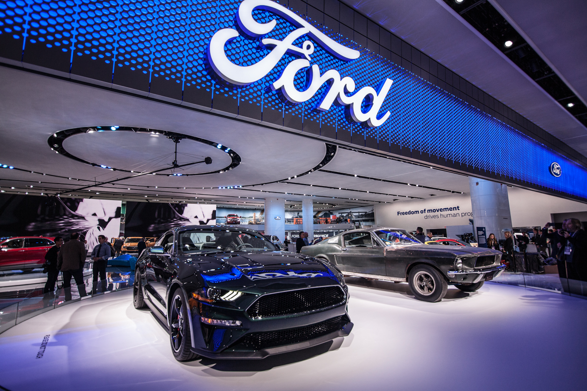 Glamour & Grit Of The Newest Rides At The 2018 Auto Show | Detroitisit