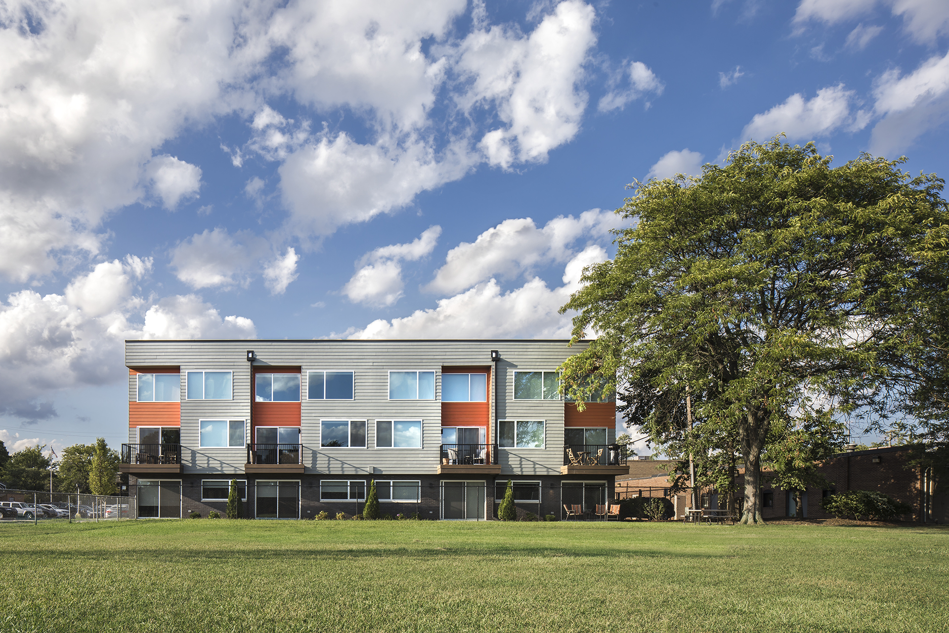 DESIGN FOR THE MIDDLE CLASS AT PARKSIDE LOFTS
