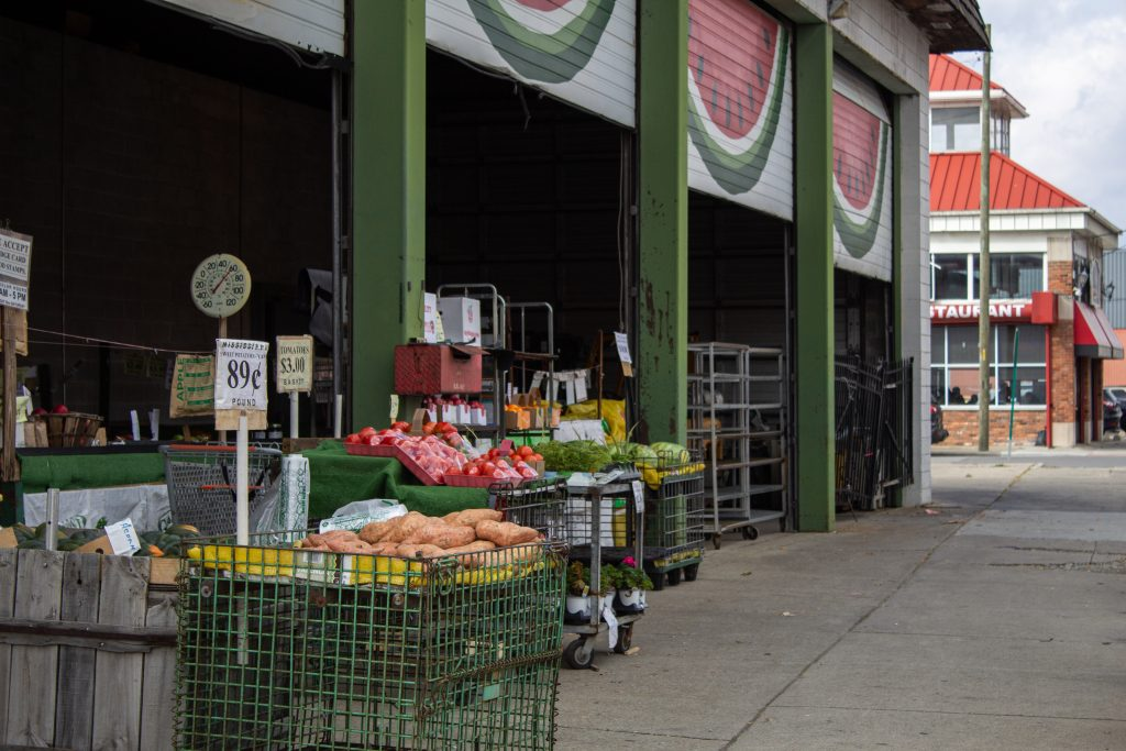 DETROIT EXPERIENCE FACTORY PRODUCE FOR SALE IN EASTERN MARKET. PHOTO JOHN BOZICK