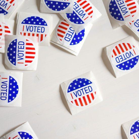 Register to vote PHOTO BY ELEMENT5 DIGITAL ON UNSPLASH