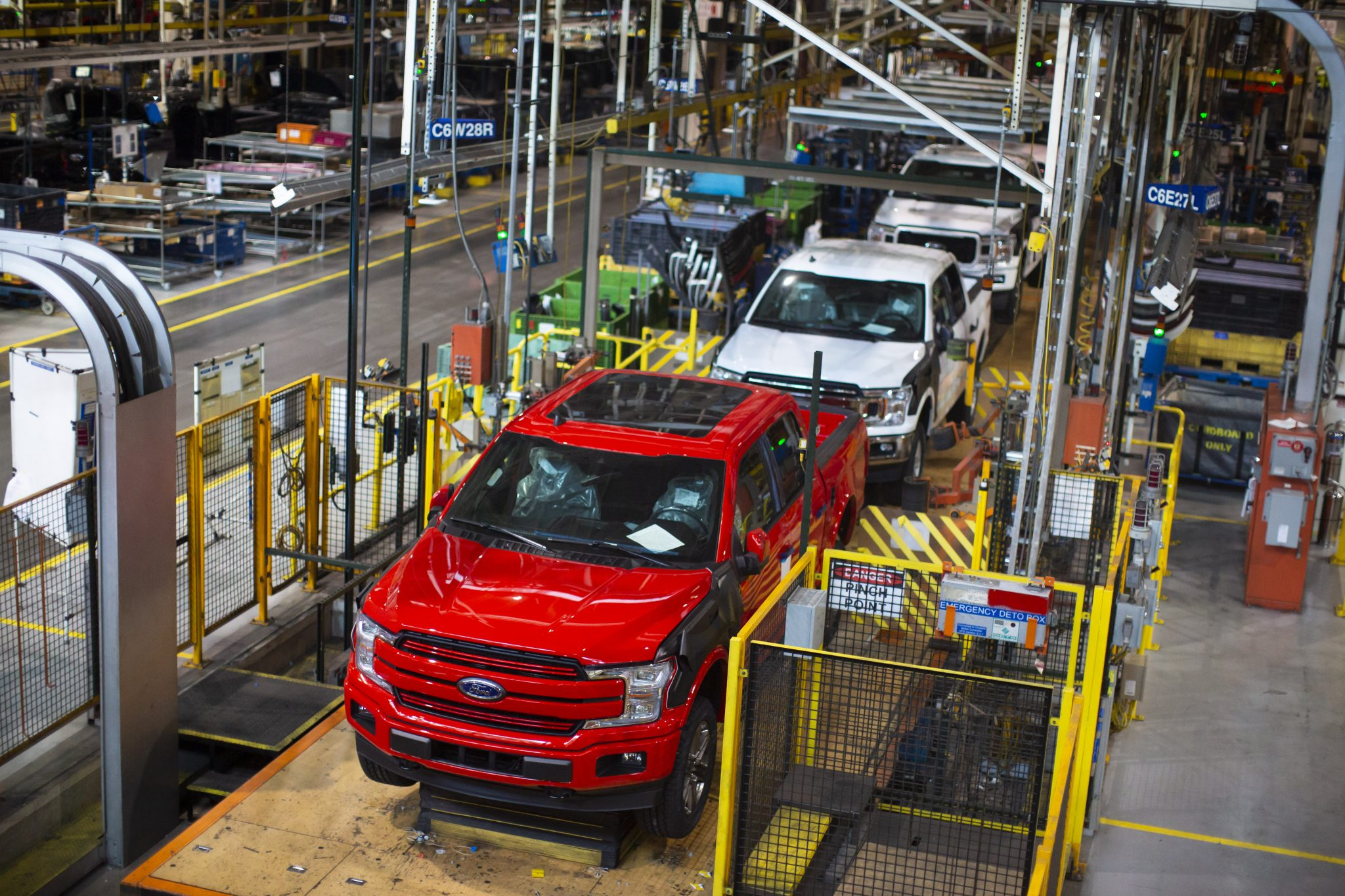 ROBUST SAFETY AND CARE MEASURES HAVE BEEN IMPLEMENTED GLOBALLY TO SUPPORT A SAFE AND HEALTHY ENVIRONMENT. PHOTO FORD
