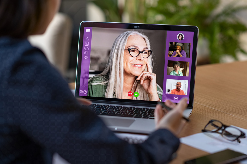 Non-Profit Alzheimer's Association Helps Individuals Virtually 1