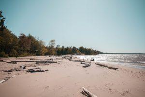PLACES TO SWIM, MISERY BAY, MICHIGAN, PHOTO JONNELLE YANKOVICH; UNSPLASH