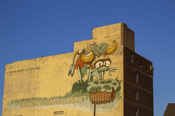 DETROIT EXPERIENCE FACTORY A MURAL IN EASTERN MARKET. PHOTO JOHN BOZICK