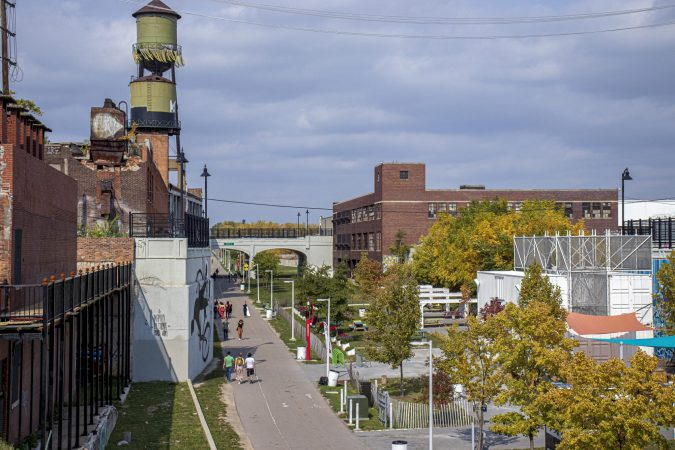 THE DEQUINDRE CUT GREENWAY IN DETROIT. PHOTO JOHN BOZICK
