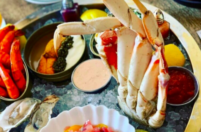 NEW YEAR'S EVE SEAFOOD PLATTER. PHOTO VOYAGER FERNDALE